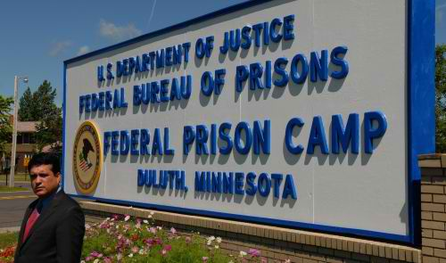 Federal_Prison_Camp_Donald_Tomczak