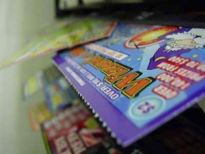 chinese-banker-steals-money-buys-lottery-tickets-loses-money